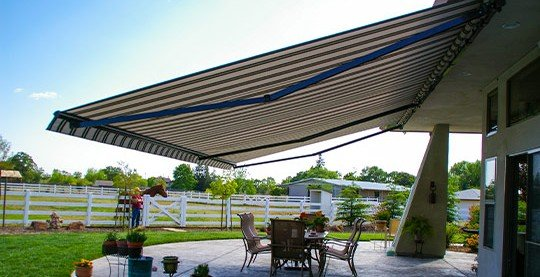 retractable awnings roseville ca